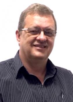 Pieter Esterhuizen CA(SA) TEP   MD LUMENROCK GROUP